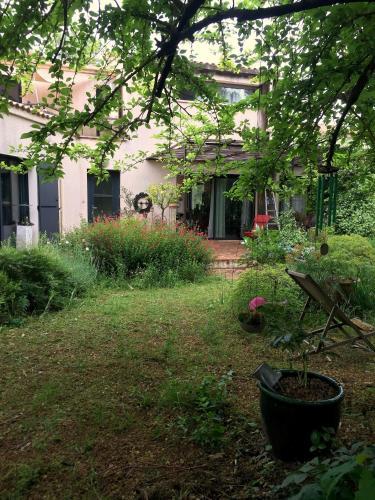 Appartement dans Pinède privée : Apartment near Saint-Vincent-de-Barbeyrargues