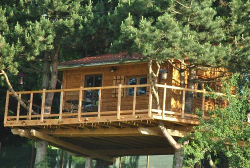 L'Etournelle - Cabane Perchée : Guest accommodation near Brindas