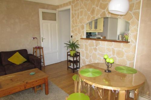 T2 à Gap : Apartment near Remollon