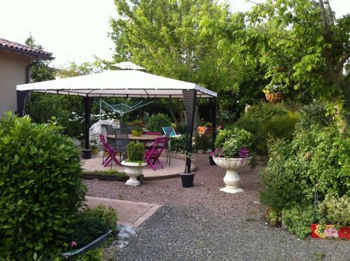 Gites de Madame : Guest accommodation near Mas-Grenier