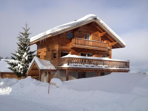 Chalet le Lagopede : Guest accommodation near Tréminis