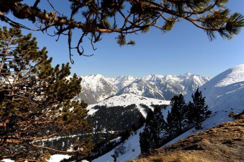 Résidence Pierre & Vacances Les Trois Domaines : Guest accommodation near Sorgeat