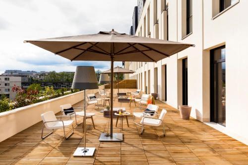 Okko Hotels Paris Rueil Malmaison : Hotel near Le Vésinet