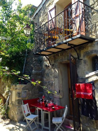 La Maisonnette romantique : Guest accommodation near Bourdic