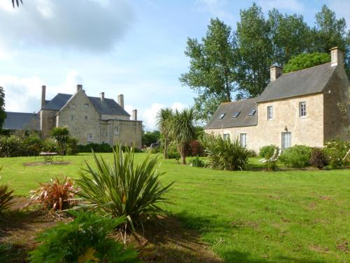 Manoir de Savigny 1 : Guest accommodation near Yvetot-Bocage