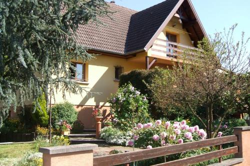 les lilas : Bed and Breakfast near Sigolsheim