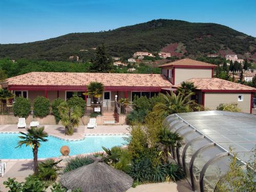 Relais du Salagou - Village de Gites : Guest accommodation near Le Bosc
