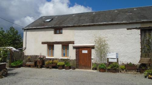 Mouhet B&B Chambres Sortie 21 A20 : Bed and Breakfast near Parnac