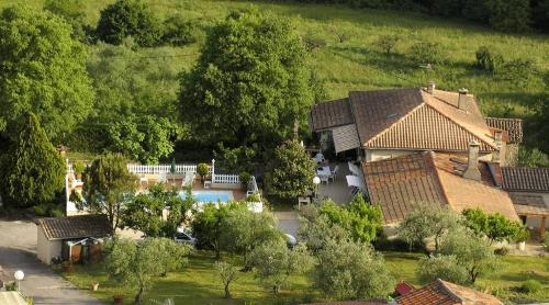 Les Gardettes : Guest accommodation near Aulas