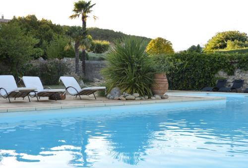 Domaine de la Manse : Guest accommodation near Villeneuve-de-Berg