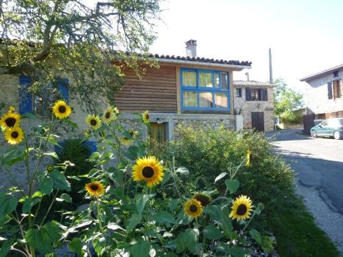 Gite Sent Martin : Guest accommodation near Saint-Paul-de-Jarrat