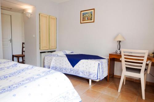 Le Clos des Capitelles : Hotel near Uchaud