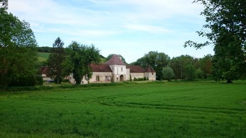 Chateau Des Roises : Bed and Breakfast near Bagneaux