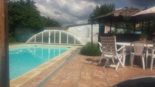 Chez Giancarlo&Pepita : Bed and Breakfast near Bossieu