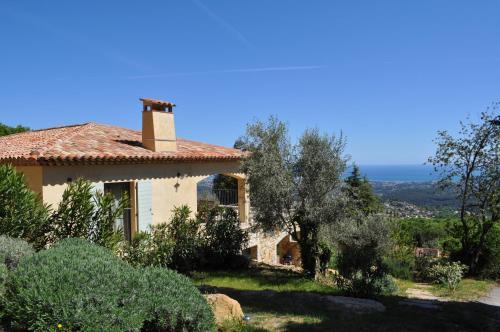 Les Mas d'Azur Appartement : Apartment near Roquesteron