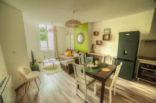 La Pétillante : Apartment near Dommartin-sous-Hans