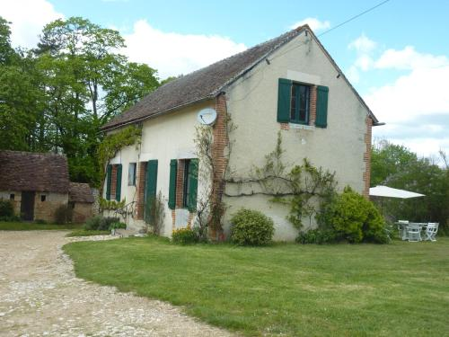 Gite a Montenaut : Guest accommodation near Pindray