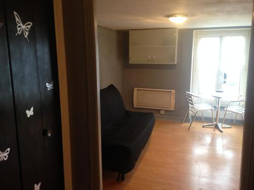 Studios des Thermes : Apartment near Palaiseul