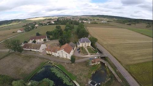 Moulin de la Fleuristerie : Bed and Breakfast near Juzennecourt
