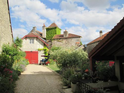 la brocantine : Bed and Breakfast near Violot
