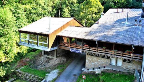 Hôtel Restaurant de la Source : Hotel near Fuans