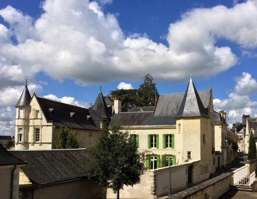Logis Saint Mexme : Bed and Breakfast near Chinon