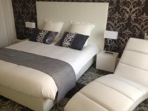 Résidence Longchamp : Apartment near Espinasse-Vozelle