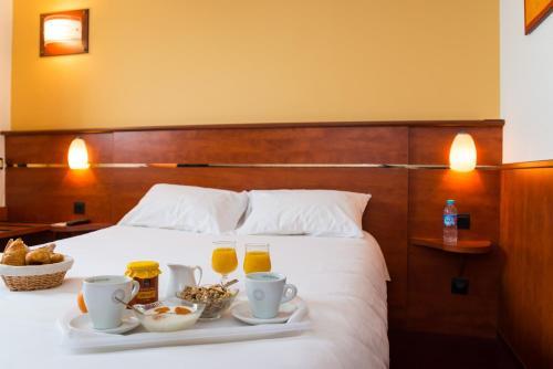Brit Hotel Rennes Cesson – Le Floréal : Hotel near Saint-Armel