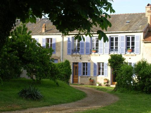B&B Girolles les Forges : Bed and Breakfast near Noyers