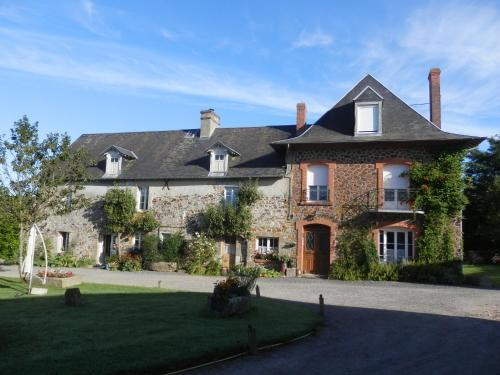 Ferme des Gouleries : Bed and Breakfast near Cametours