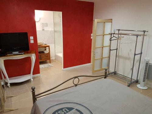 Guesthouse 13 Rue Jeanne d'Arc : Guest accommodation near Villelongue-de-la-Salanque