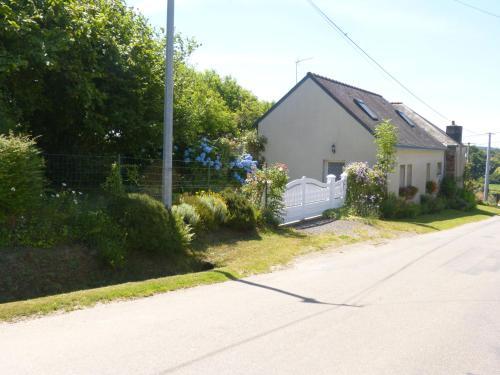 La guguenaie : Guest accommodation near Saint-Perreux