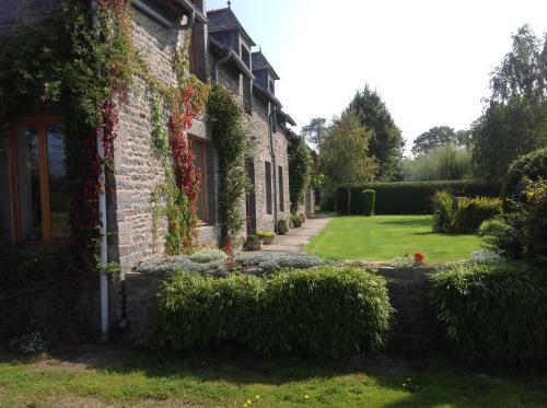 La Croix Saint Gilles : Guest accommodation near Illifaut