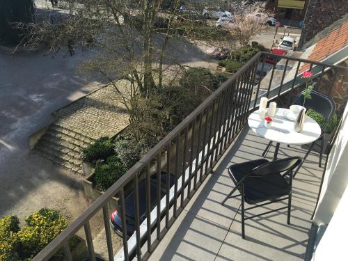 LITTLE PLAZA Appart'Hotel : Apartment near Marquette-lez-Lille