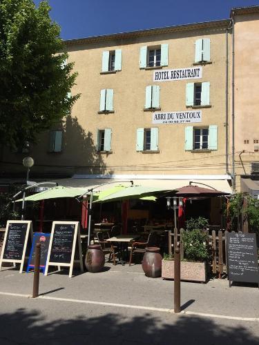 Abri Du Ventoux : Hotel near Malaucène