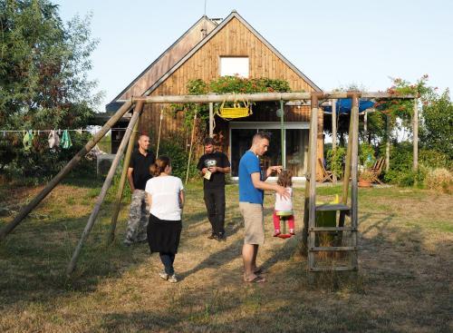Au Paradis des 4 Saisons : Guest accommodation near Puceul