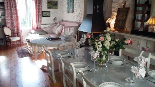 L'Envolée : Bed and Breakfast near Quillan