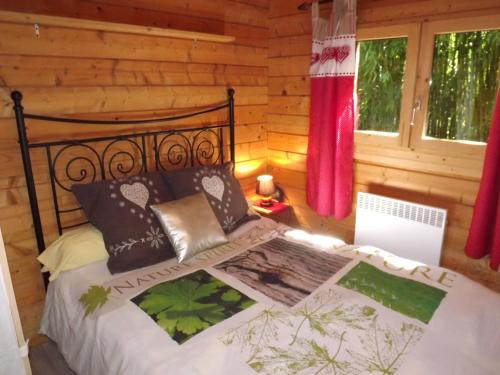 le chalet : Guest accommodation near Chêne-Bernard