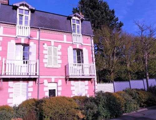 Les Muguets : Apartment near Auberville
