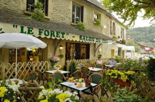 Le Forêt - Hôtel de Charme : Hotel near Baneuil