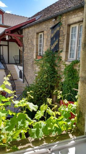 Hôtel Le Sauvage : Hotel near Dijon