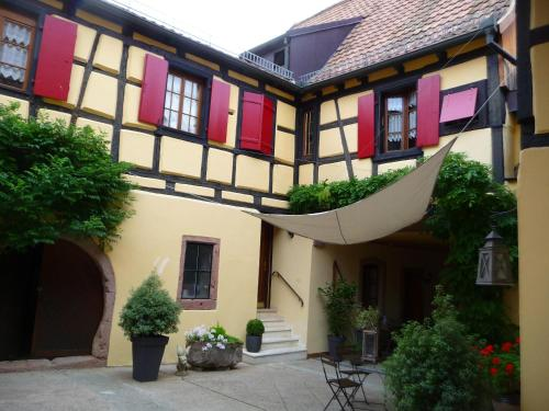 La Cour St-Fulrad : Apartment near Orschwiller