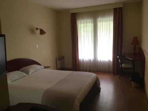 Hotel La Chatelleraie : Hotel near Prendeignes