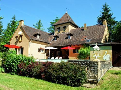 Maison Les Bois : Guest accommodation near Bouzic