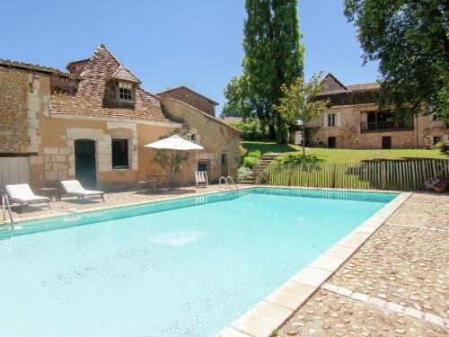 Manoir De La Baronie : Guest accommodation near Saint-Martin-l'Astier