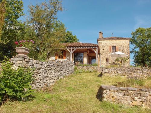 Le Pigeonier : Guest accommodation near Bouzic