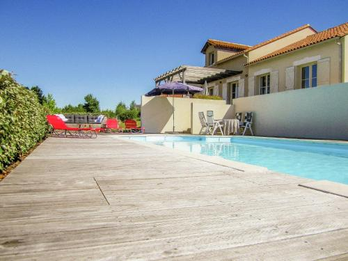Villa La Preze 36 : Guest accommodation near Piégut-Pluviers