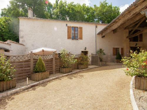 Le Phaéton : Guest accommodation near Bourg-Charente
