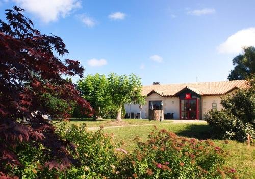ibis Bordeaux Saint Emilion : Hotel near Vayres