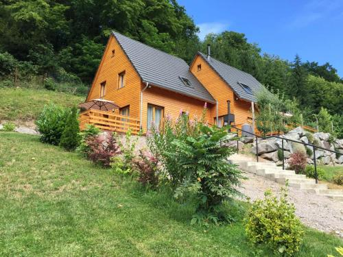 Le Chalet La Cigogne et Le Chamois : Guest accommodation near Soultzeren